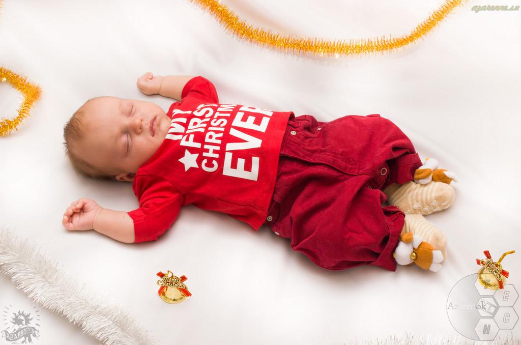 Новогодняя-младенцев