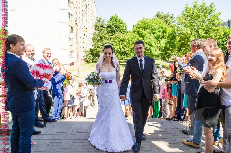 Свадебные жених и невеста