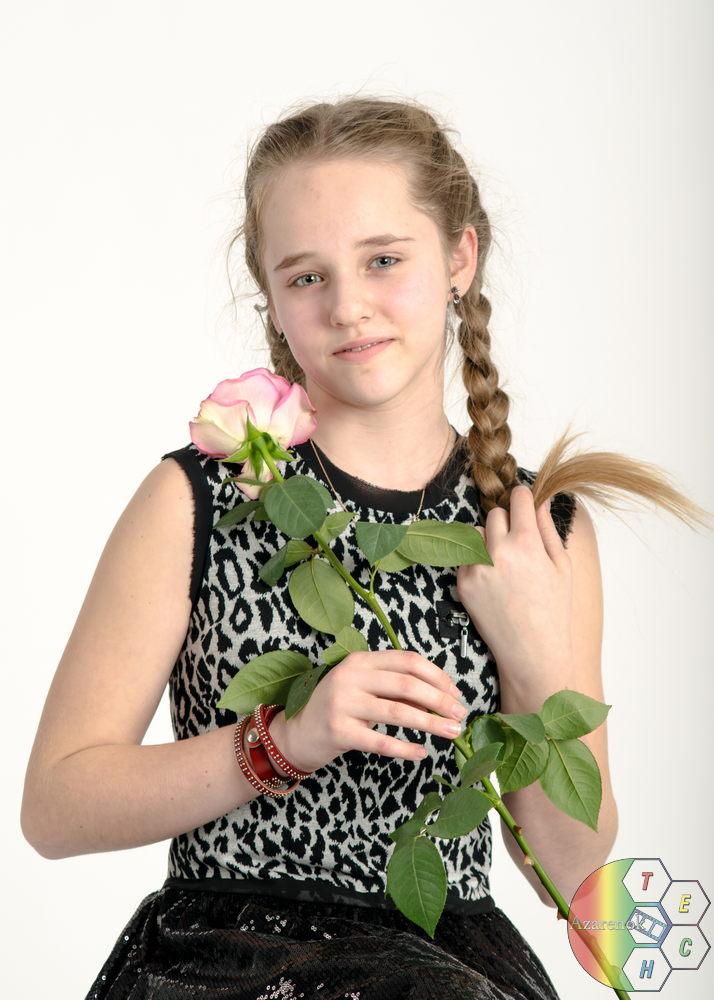 роза на восьмое марта